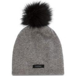 Czapka CALVIN KLEIN - 2 Clrs Pom Beani K60K604715  013. Szare czapki zimowe damskie Calvin Klein, z kaszmiru. Za 199,00 zł.