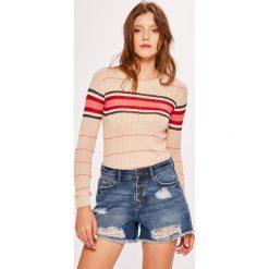 Pepe Jeans - Sweter Maria. Różowe swetry klasyczne damskie Pepe Jeans, l, z dzianiny, z okrągłym kołnierzem. Za 259,90 zł.