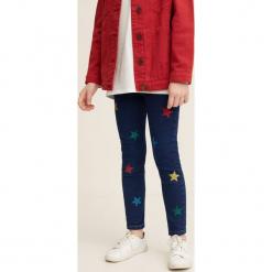 Mango Kids - Jeansy dziecięce Danna 110-164 cm. Niebieskie rurki dziewczęce marki Mango Kids, z bawełny. Za 89,90 zł.