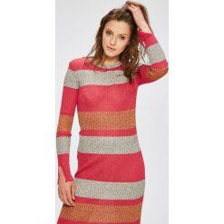 Sukienki dzianinowe: Trendyol – Sukienka