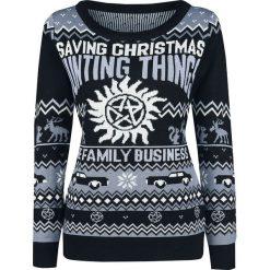Supernatural Saving Christmas Hunting Things Sweter damski wielokolorowy. Szare swetry klasyczne damskie Supernatural, xs, z okrągłym kołnierzem. Za 244,90 zł.