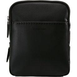 Torby na ramię męskie: Calvin Klein MULTI TASK P FLAT CROSSOVER TECH Torba na ramię black