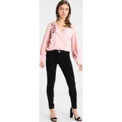 Swetry klasyczne damskie: Dorothy Perkins Petite EMBROIDERED WRAP Sweter pink