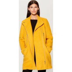 Płaszcz z wełną - Żółty. Żółte płaszcze damskie wełniane Mohito. Za 319,99 zł.