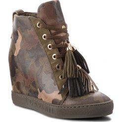 Sneakersy CARINII - B4401  F33-I43-000-B88. Zielone sneakersy damskie Carinii, ze skóry. W wyprzedaży za 249,00 zł.