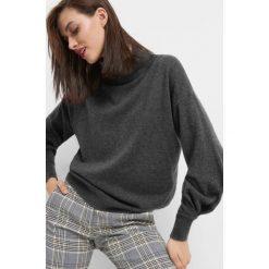 Sweter z kaszmirem i jedwabiem. Brązowe golfy damskie marki Orsay, s, z dzianiny. Za 159,99 zł.