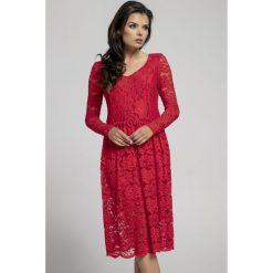 Długa sukienka z koronki na313. Szare długie sukienki marki Pepe, na jesień, xs, w koronkowe wzory, z koronki, eleganckie, z długim rękawem. Za 169,00 zł.