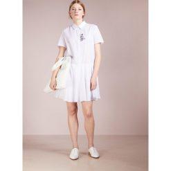 Paul & Joe Sister CLAUDINE Sukienka letnia white. Białe sukienki letnie marki Paul & Joe Sister, z bawełny. W wyprzedaży za 469,50 zł.