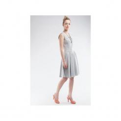 Sukienka z dresówki bez rękawów SL2156. Zielone sukienki dresowe marki Soleil, na co dzień, xs, z dekoltem w łódkę, dopasowane. Za 120,00 zł.
