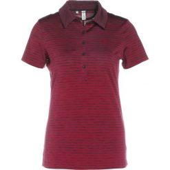 Under Armour ZINGER NOVELTY Koszulka sportowa black currant. Czerwone topy sportowe damskie marki Under Armour, s, z elastanu. W wyprzedaży za 161,40 zł.