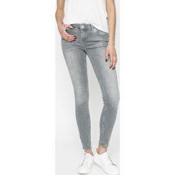 Review - Jeansy Minnie. Szare jeansy damskie rurki Review. Za 179,90 zł.