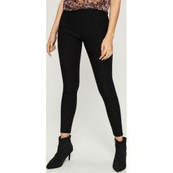 Spodnie tregginsy - Czarny. Czarne legginsy Sinsay, l. Za 39,99 zł.