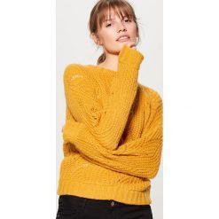 Ażurowy sweter z domieszką wełny - Żółty. Żółte swetry klasyczne damskie Mohito, l, z wełny. Za 119,99 zł.