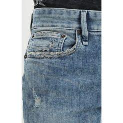 Denham RAZOR Jeansy Slim Fit destroyed denim. Niebieskie rurki męskie marki Tiffosi. W wyprzedaży za 671,20 zł.