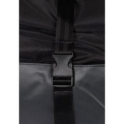 Enter RESEARCH ROLL TOP BACKPACK Plecak black. Czarne plecaki damskie Enter. W wyprzedaży za 390,15 zł.