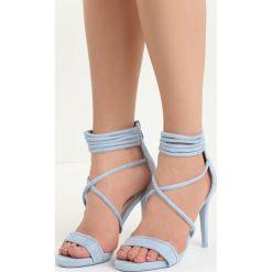 Niebieskie Sandały Miss Independent. Niebieskie rzymianki damskie Born2be, na wysokim obcasie. Za 79,99 zł.