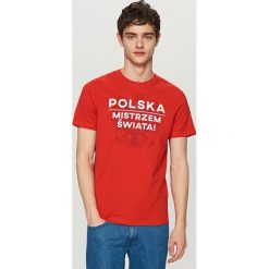 T-shirty męskie: T-shirt dla kibica – Czerwony