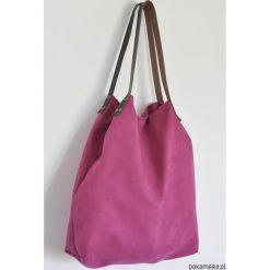 Torba tote XXL - fuksja. Czerwone torebki klasyczne damskie Pakamera, ze skóry, duże. Za 129,00 zł.