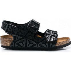 Birkenstock - Sandały dziecięce Milano Kinder. Czarne sandały męskie skórzane marki Birkenstock, z okrągłym noskiem, na klamry. Za 199,90 zł.