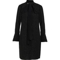 MICHAEL Michael Kors PLEAT Sukienka koktajlowa black/ gold. Czarne sukienki koktajlowe marki MICHAEL Michael Kors, l, z elastanu. W wyprzedaży za 642,85 zł.
