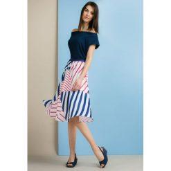 Spódniczki rozkloszowane: Spódnica w kolorowe paski