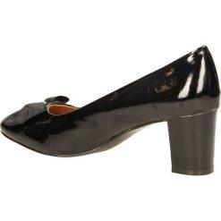 CZÓŁENKA CASU 7F-QH1402F. Czarne buty ślubne damskie Casu. Za 49,99 zł.