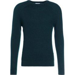 Swetry klasyczne męskie: Reiss NEILSON CABLE CREW Sweter dark green