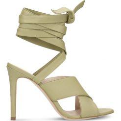 Sandały GINA. Brązowe sandały damskie marki Gino Rossi, w paski, ze skóry, na wysokim obcasie, na szpilce. Za 99,90 zł.