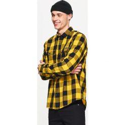 Koszula w kratę - Żółty. Żółte koszule męskie marki Mohito, l, z dzianiny. Za 49,99 zł.