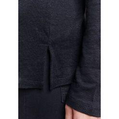 Filippa K RELAXED FIT Bluzka z długim rękawem black. Czarne bluzki longsleeves marki Filippa K, xs, ze lnu. W wyprzedaży za 239,40 zł.