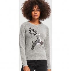 Sweter z aplikacją - Jasny szar. Szare swetry klasyczne damskie Reserved, l. Za 79,99 zł.