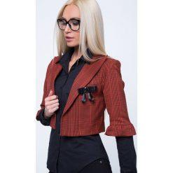 Swetry damskie: Marynarka krótka w kratę ruda MP55366