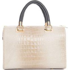 Torebki klasyczne damskie: Skórzana torebka w kolorze beżowym – 44 x 38 x 16 cm