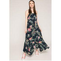 Roxy - Sukienka. Szare długie sukienki Roxy, na co dzień, s, z bawełny, casualowe, z okrągłym kołnierzem, na ramiączkach. W wyprzedaży za 249,90 zł.