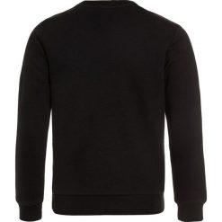 Adidas Originals CREW Bluza black/white. Czerwone bluzy chłopięce marki adidas Originals, z bawełny. Za 179,00 zł.