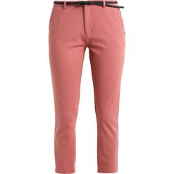 Spodnie sportowe damskie: Scotch & Soda TAILORED PANTS Spodnie treningowe dusty rose