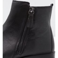 Ecco SHAPE Ankle boot black. Czarne botki damskie skórzane marki ecco. Za 589,00 zł.