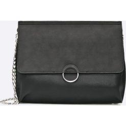 Pieces - Torebka Maribel. Czarne torebki klasyczne damskie Pieces, w paski, z materiału, średnie. W wyprzedaży za 89,90 zł.