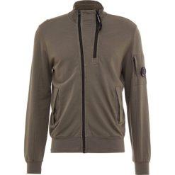 C.P. Company OPEN Bluza rozpinana sage. Brązowe bluzy męskie rozpinane C.P. Company, m, z bawełny. Za 839,00 zł.