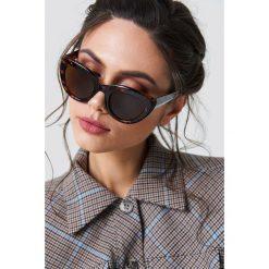 NA-KD Accessories Okulary przeciwsłoneczne kocie oczy - Black,Brown,Multicolor. Brązowe okulary przeciwsłoneczne damskie aviatory NA-KD Accessories. Za 80,95 zł.