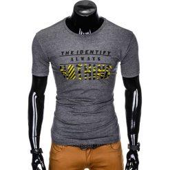 T-SHIRT MĘSKI Z NADRUKIEM S988 - GRAFITOWY. Szare t-shirty męskie z nadrukiem marki Ombre Clothing, m. Za 29,00 zł.
