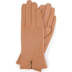 Rękawiczki damskie 45-6-520-LB. Czarne rękawiczki damskie marki Wittchen. Za 99,00 zł.