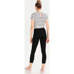 Miss Selfridge R STEFFI Jeans Skinny Fit black. Czarne rurki damskie Miss Selfridge. Za 199,00 zł.