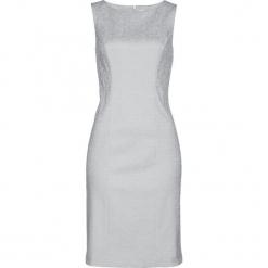 Sukienka ołówkowa z żakardu bonprix srebrny matowy. Szare sukienki z falbanami marki bonprix, z żakardem, z okrągłym kołnierzem, ołówkowe. Za 89,99 zł.