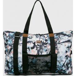 Roxy - Torba. Szare torebki klasyczne damskie Roxy, w paski, z materiału. W wyprzedaży za 169,90 zł.