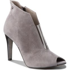 Botki KARINO - 2647/002-P Szary. Szare buty zimowe damskie marki Karino, z materiału. W wyprzedaży za 189,00 zł.