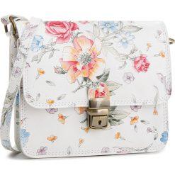 Torebka CREOLE - K10530 Biały/Kwiaty. Białe listonoszki damskie Creole, w kwiaty, ze skóry. W wyprzedaży za 129,00 zł.