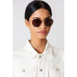 Le Specs Okulary przeciwsłoneczne Zephyr - Brown. Brązowe okulary przeciwsłoneczne damskie aviatory Le Specs, okrągłe. Za 242,95 zł.