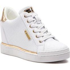 Sneakersy GUESS - FL5FWU FAL12 WHITE. Białe sneakersy damskie Guess, z materiału. Za 549,00 zł.