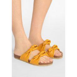 Chodaki damskie: ANGULUS Klapki yellow